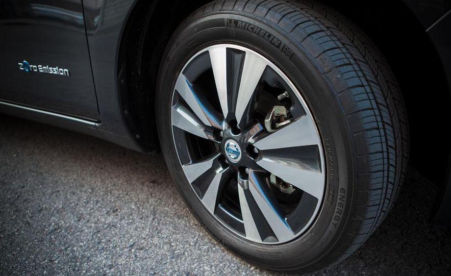 2013 Nissan Leaf - Slide 9
