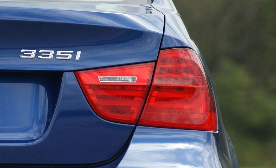 BMW 328i (F20) - Slide 48