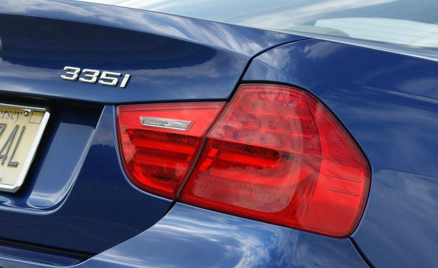 BMW 328i (F20) - Slide 71