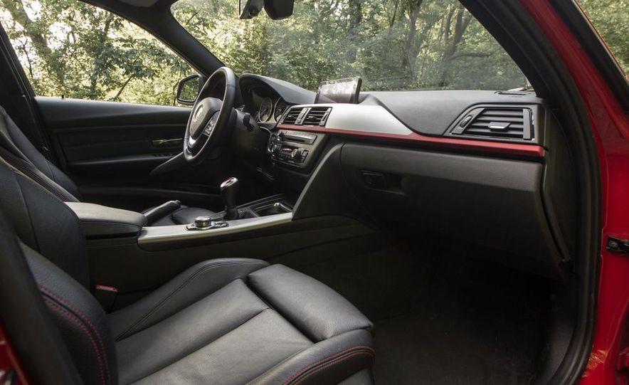 BMW 328i (F20) - Slide 31