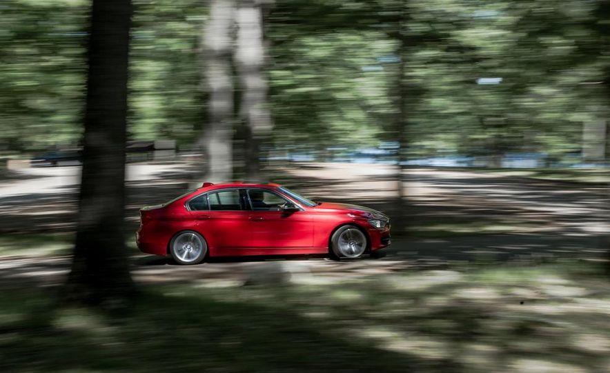 BMW 328i (F20) - Slide 8