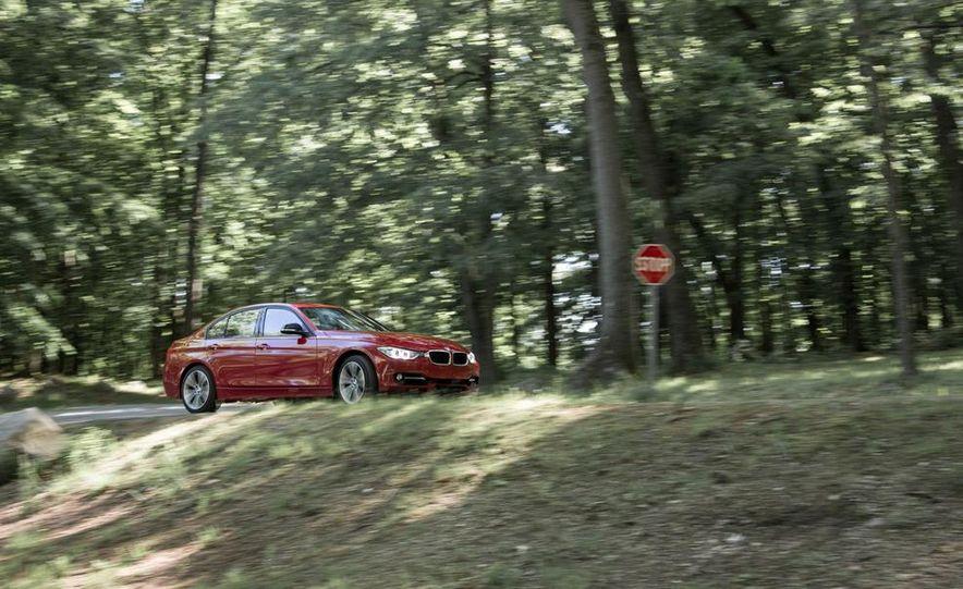 BMW 328i (F20) - Slide 10