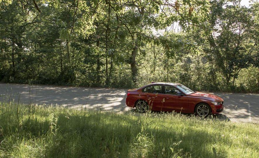BMW 328i (F20) - Slide 16