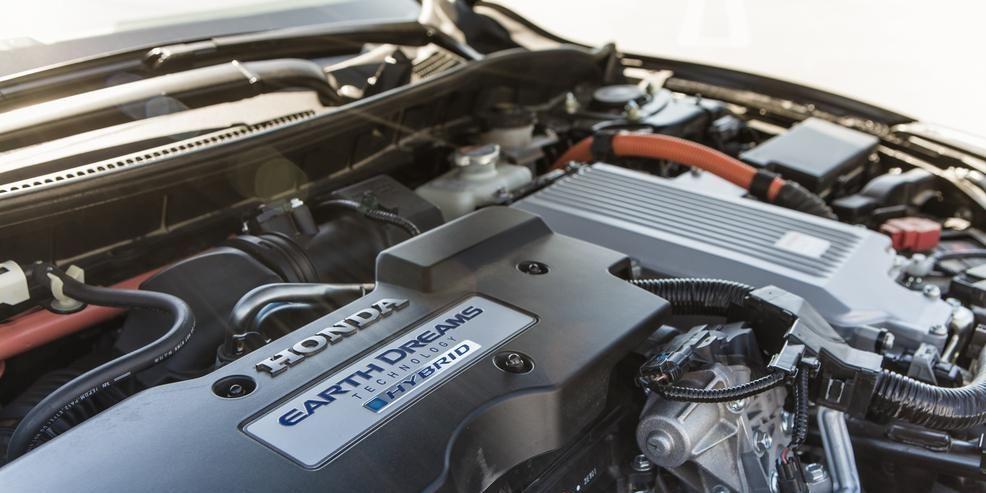 High Flying Hybrid Honda Prices 50 Mpg 2014 Accord Hybrid From