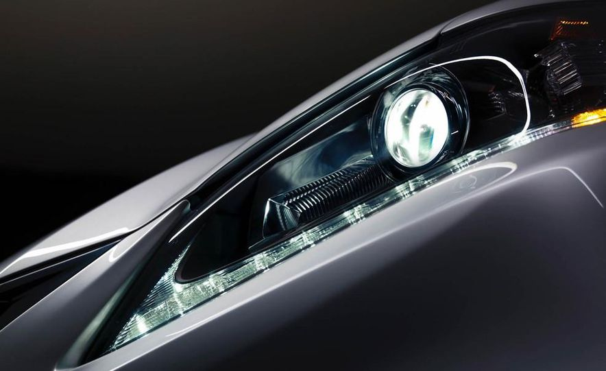 2014 Lexus GS350 - Slide 41