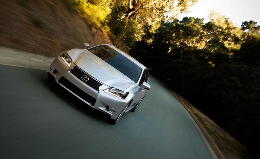 2014 Lexus GS350 - Slide 25