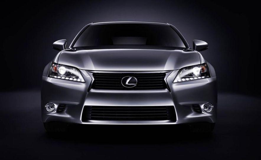 2014 Lexus GS350 - Slide 35