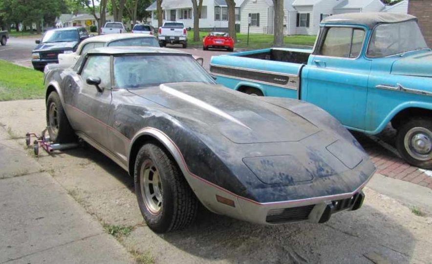 1978 Chevrolet Corvette pace car - Slide 1