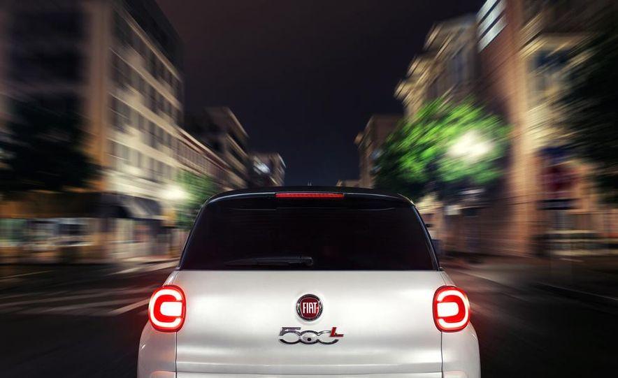 2014 Fiat 500L - Slide 20