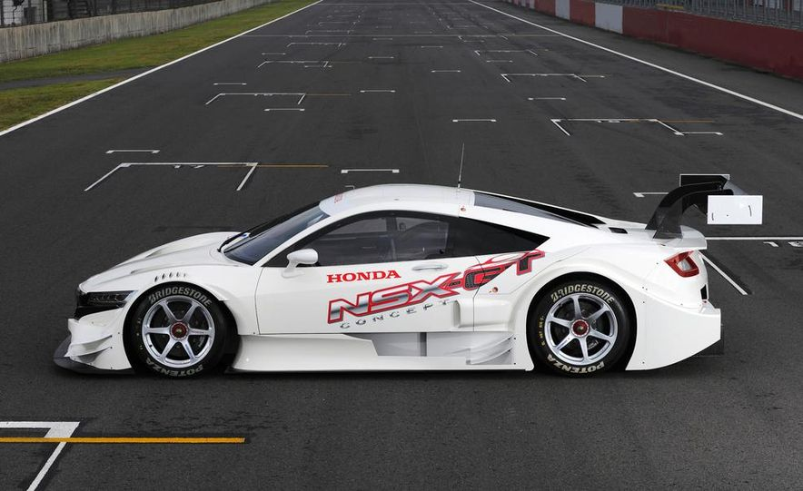 NSX Concept-GT race car - Slide 8