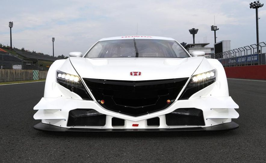 NSX Concept-GT race car - Slide 11