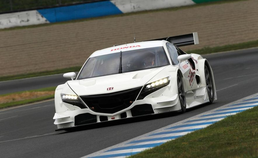 NSX Concept-GT race car - Slide 2