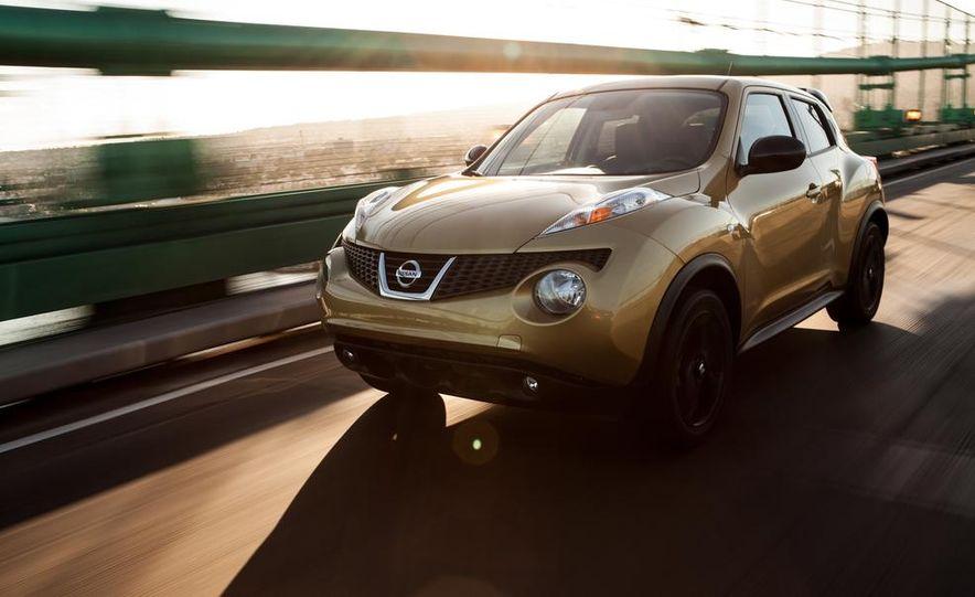 2013 Nissan Juke SL AWD - Slide 1