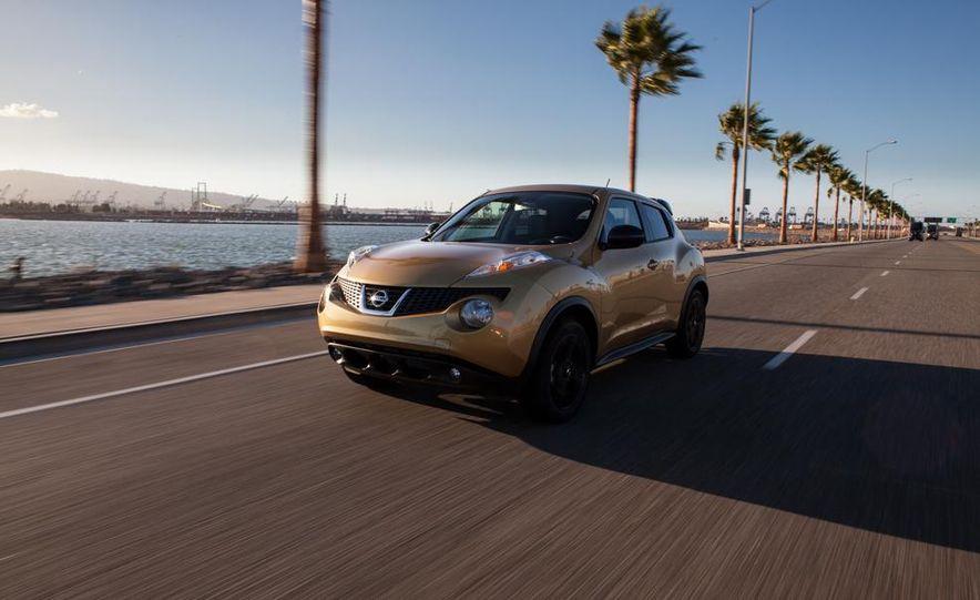 2013 Nissan Juke SL AWD - Slide 6