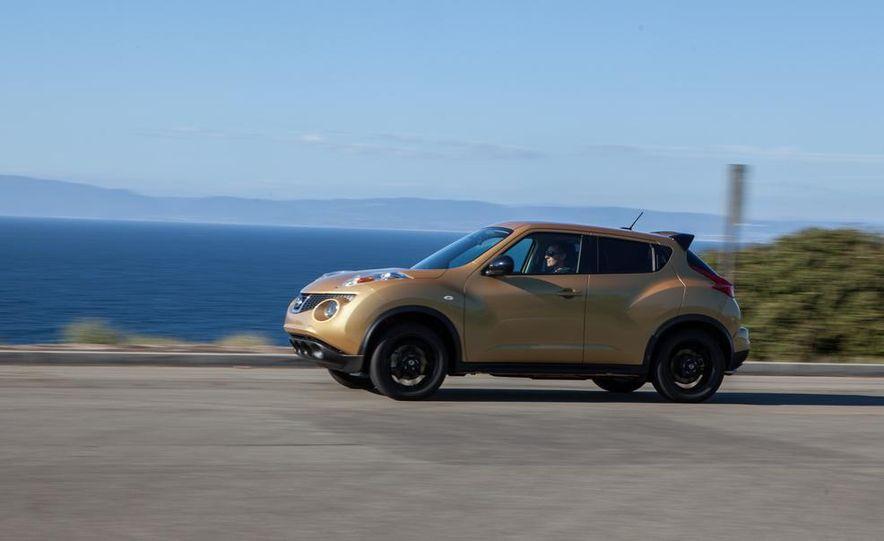 2013 Nissan Juke SL AWD - Slide 9