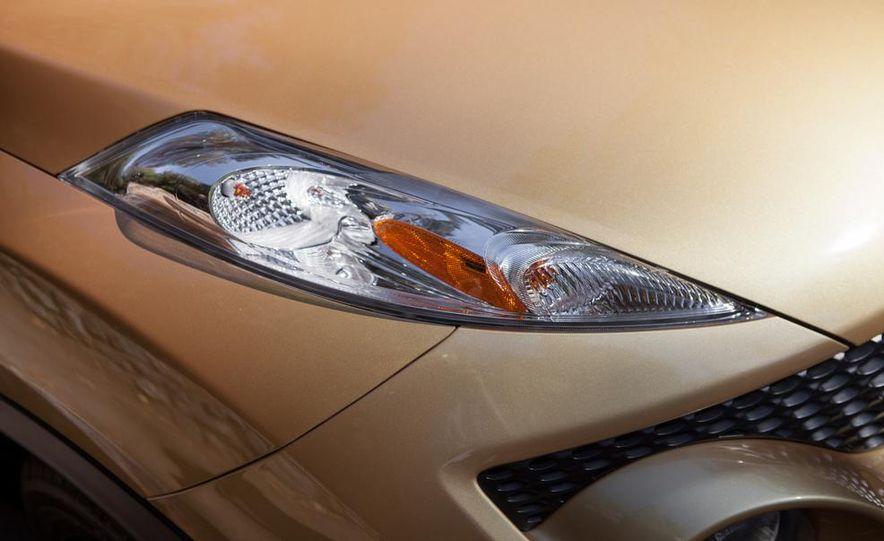 2013 Nissan Juke SL AWD - Slide 18