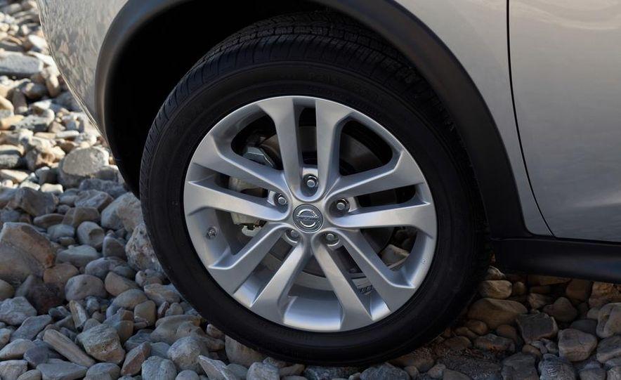 2013 Nissan Juke SL AWD - Slide 44