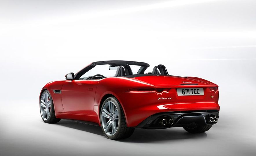 2014 Jaguar F-type V-8 S - Slide 23