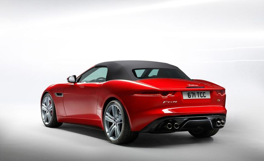 2014 Jaguar F-type V-8 S - Slide 24