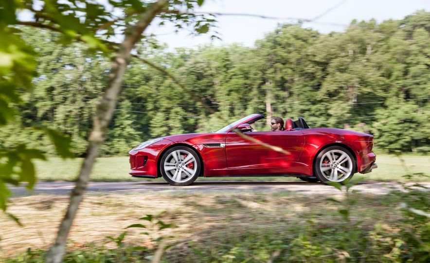 2014 Jaguar F-type V-8 S - Slide 3