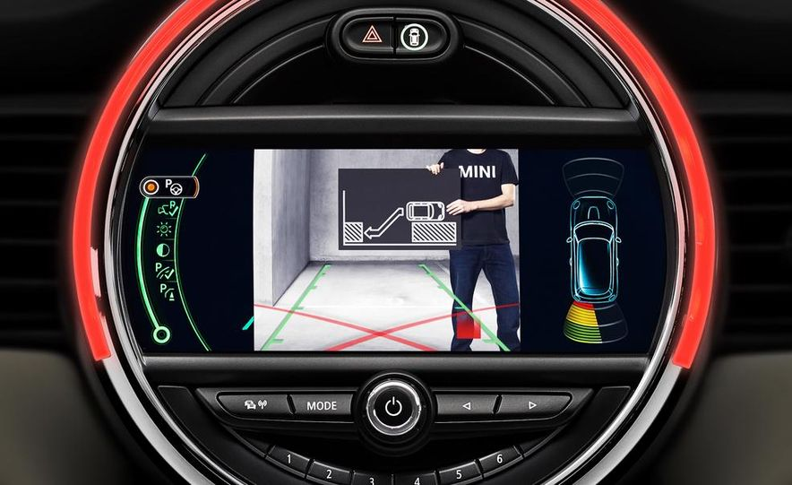 2014 Mini Cooper steering-wheel-mounted controls - Slide 3