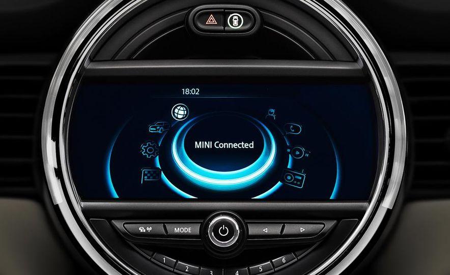2014 Mini Cooper steering-wheel-mounted controls - Slide 6