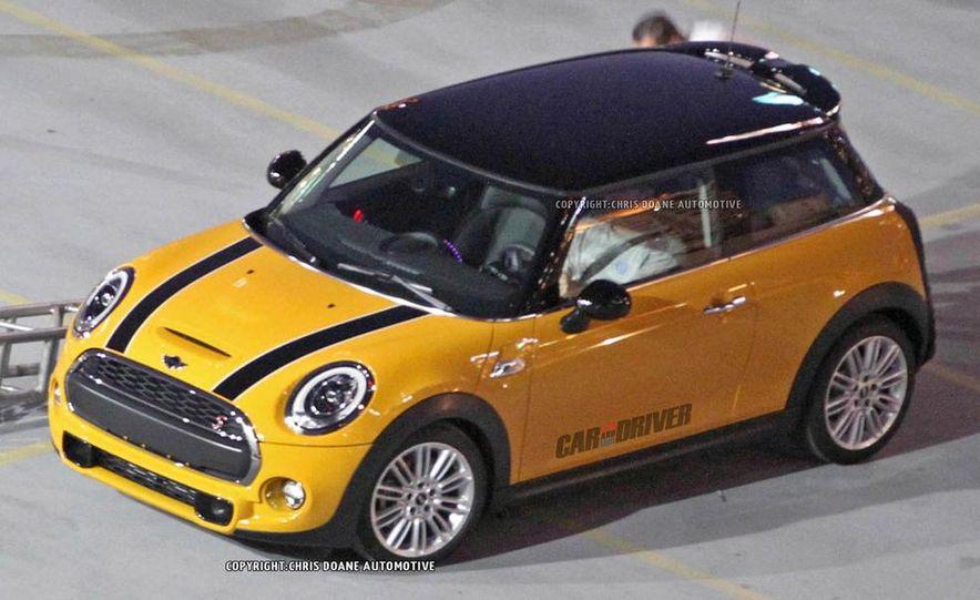 2014 Mini Cooper steering-wheel-mounted controls - Slide 19