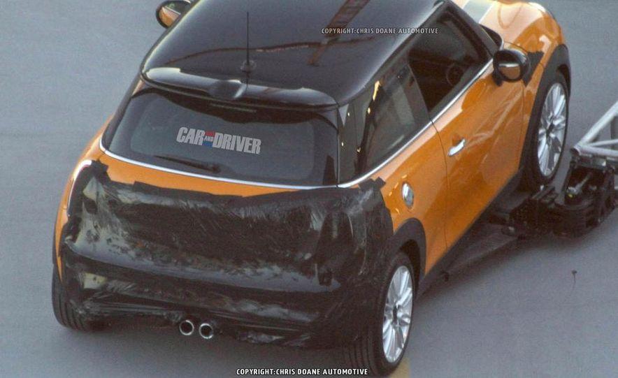 2014 Mini Cooper steering-wheel-mounted controls - Slide 26