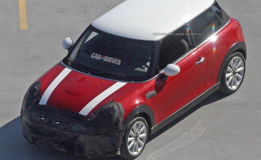 2014 Mini Cooper steering-wheel-mounted controls - Slide 40