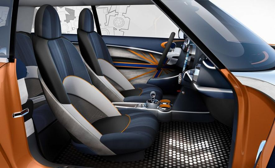 2014 Mini Cooper steering-wheel-mounted controls - Slide 15