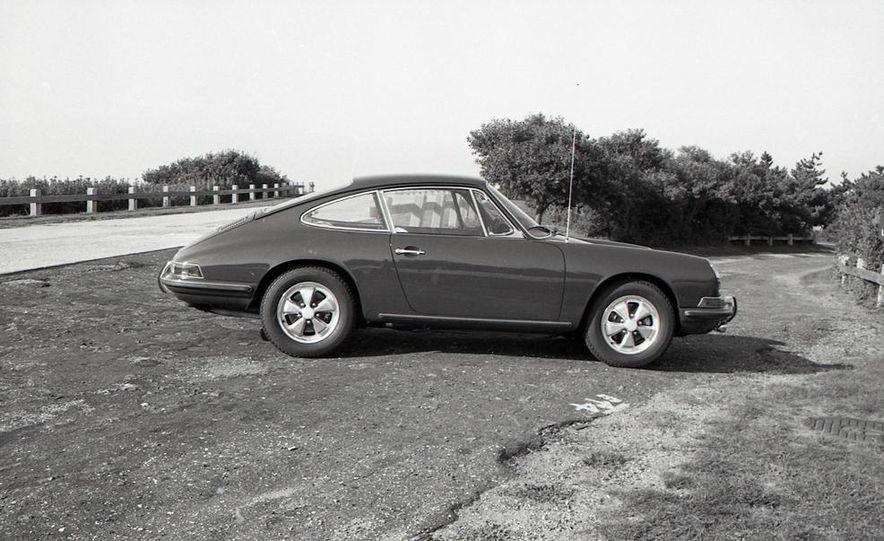1967 Porsche 911 S - Slide 18