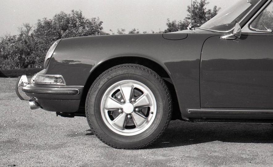 1967 Porsche 911 S - Slide 36