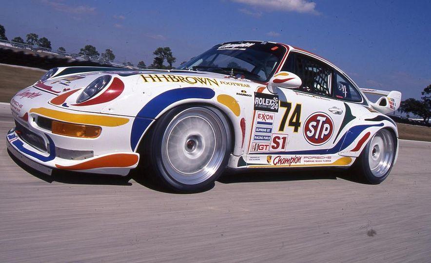 Porsche 911 GT2 - Slide 1
