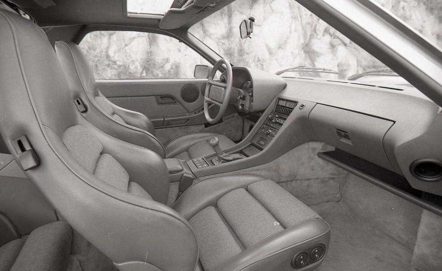 1985 Porsche 928S - Slide 27