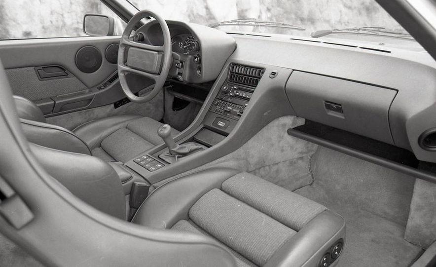 1985 Porsche 928S - Slide 28