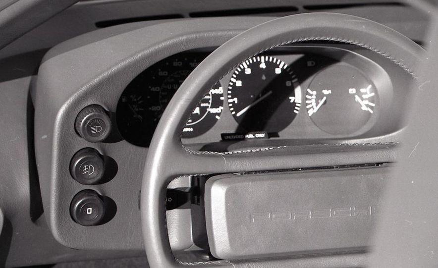 1985 Porsche 928S - Slide 35