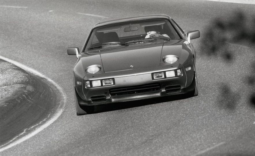 1985 Porsche 928S - Slide 3