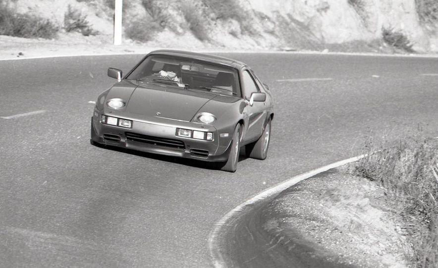1985 Porsche 928S - Slide 8