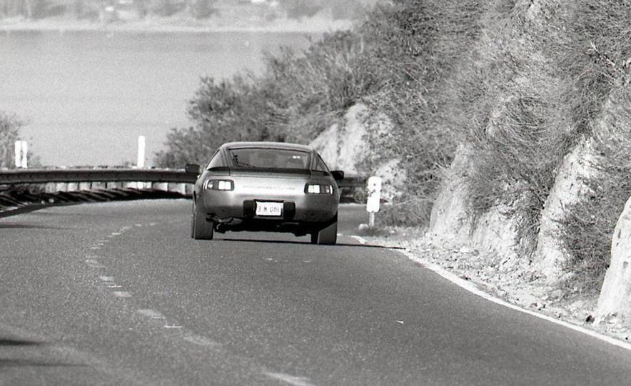 1985 Porsche 928S - Slide 11