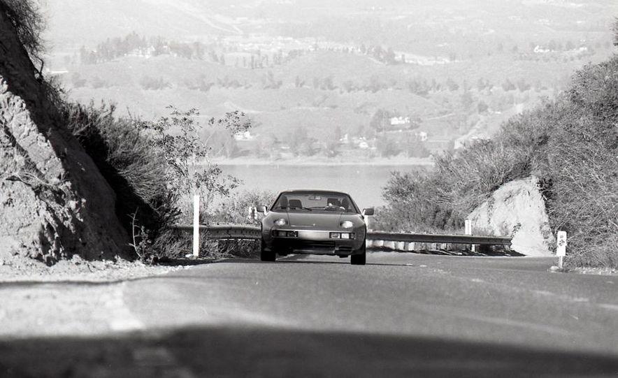 1985 Porsche 928S - Slide 12