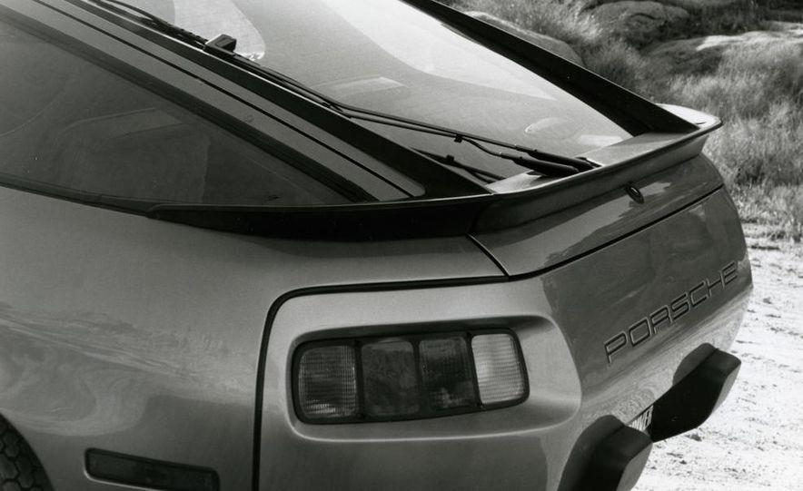1985 Porsche 928S - Slide 24
