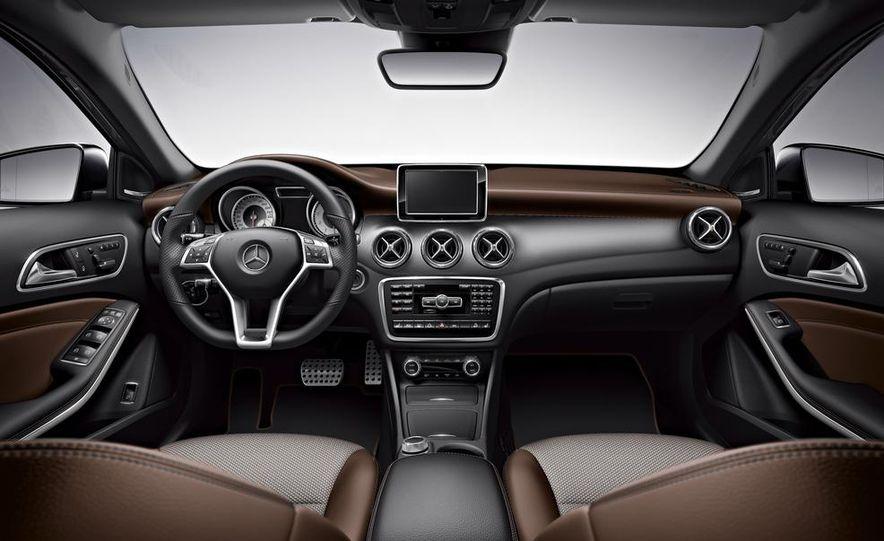 Mercedes-Benz GLA Edition 1 - Slide 10