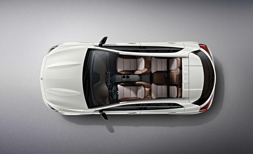 Mercedes-Benz GLA Edition 1 - Slide 6