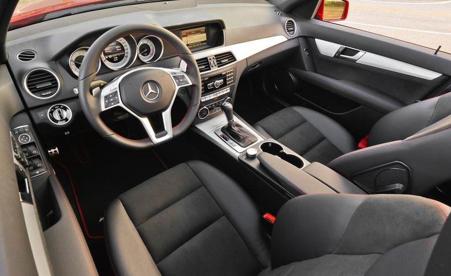 2014 Mercedes-Benz C250 - Slide 11