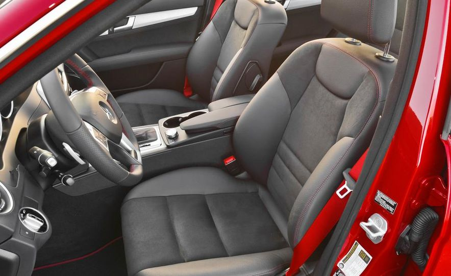 2014 Mercedes-Benz C250 - Slide 13