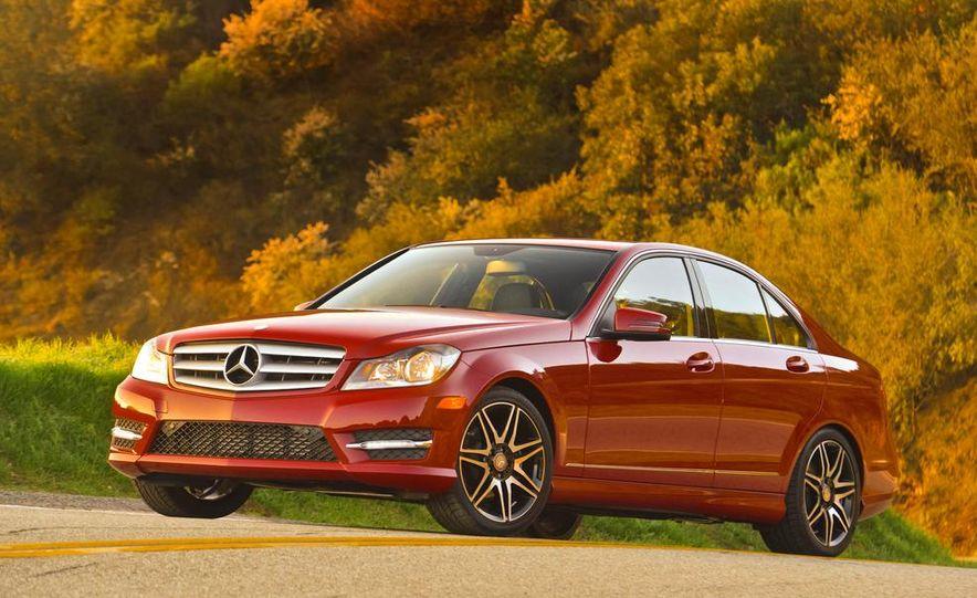 2014 Mercedes-Benz C250 - Slide 6