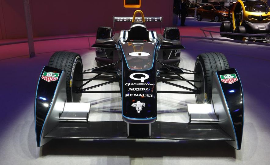Spark-Renault SRT_01E Formula E race car - Slide 7