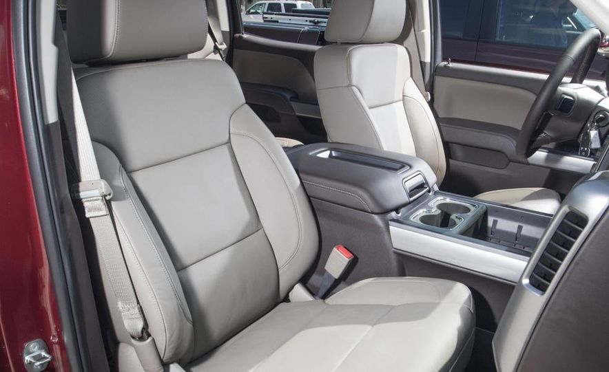 2014 Chevrolet Silverado High Country - Slide 22