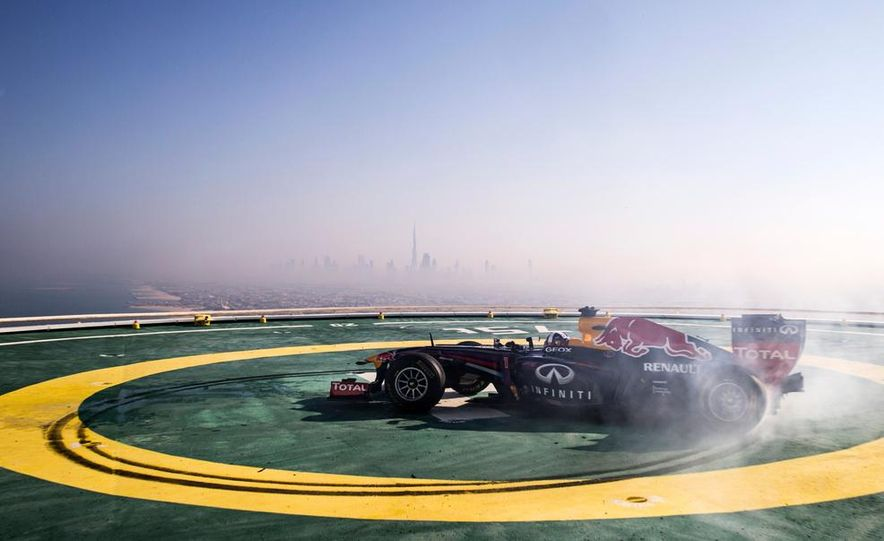 Red Bull Racing F1 - Slide 1