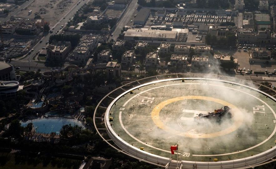 Red Bull Racing F1 - Slide 10